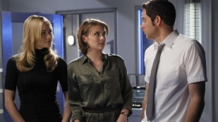 Chuck 04x17 : Chuck Versus The First Bank Of Evil- Seriesaddict
